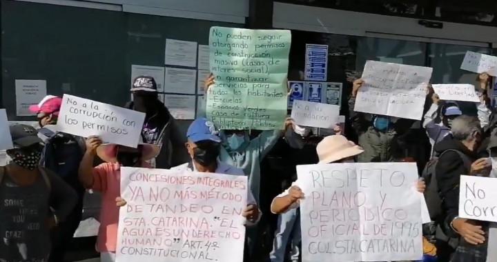 Se desata riña en Totimehuacan por construcción de IVI Hogar