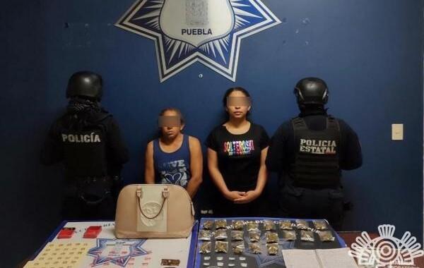 Detienen a dos presuntas distribuidoras de droga en Galaxia Castillotla