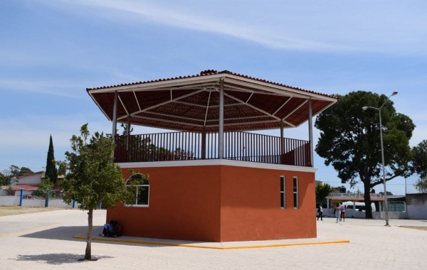 Inauguran cuatro obras en Santa María Xonacatepec