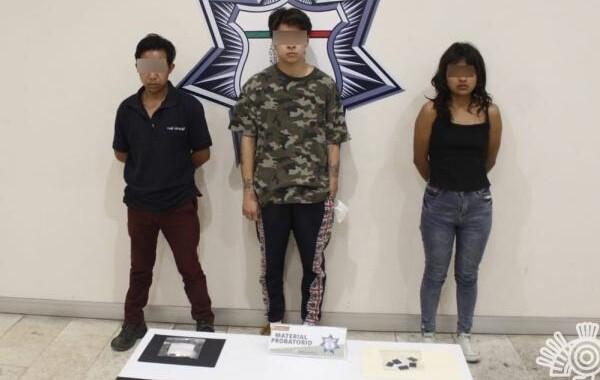 Capturan a tres presuntos narcomenudistas que operaban   Acajete