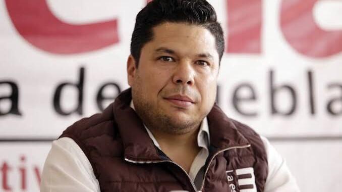Gabriel Biestro dejará el Congreso de Puebla para contender por la alcaldía