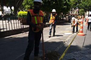 Suspenden obras del zócalo capitalino