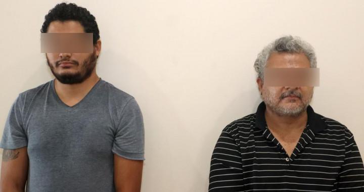 Detienen a dos hombres por presunta venta de certificados apócrifos