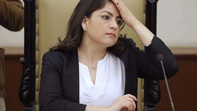 Claudia Rivera denuncia amenazas de encarcelamiento