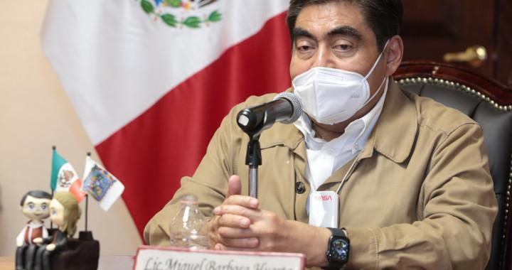 Rezago social de Puebla proviene de años anteriores: Barbosa