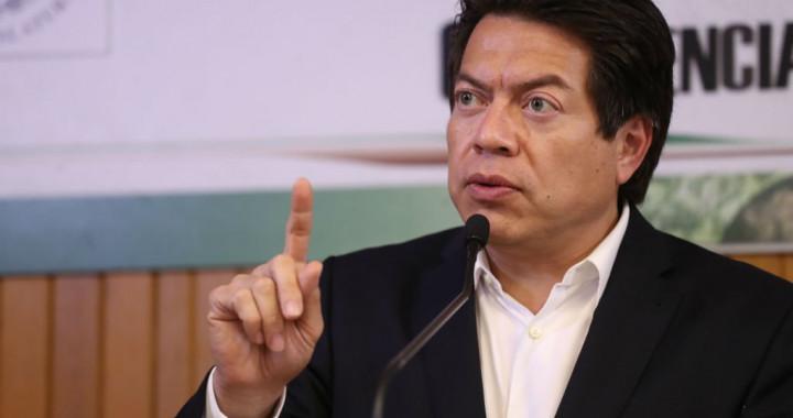 Mario Delgado pide suspender derechos políticos de Saúl Huerta