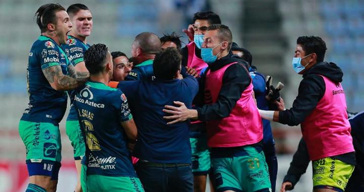 Puebla vence al Pachuca y escala al cuarto lugar