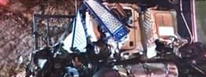 Mueren conductores de tráileres por choque en la autopista Amozoc-Perote