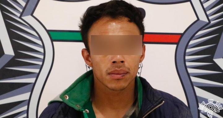 Policía Estatal detiene a presunto narcomenudista en Coronango
