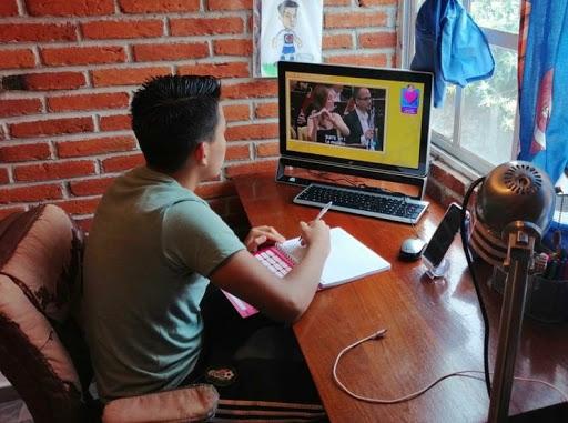 Más de 200 mil estudiantes universitarios regresan a clases en línea