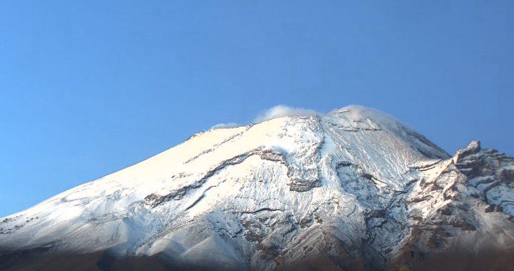 Popocatépetl registra 136 exhalaciones y 207 minutos de tremor