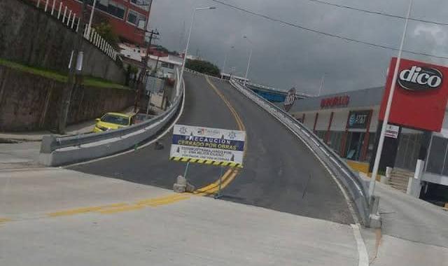 Anuncia Barbosa revisión estructural de puentes en municipios de Puebla