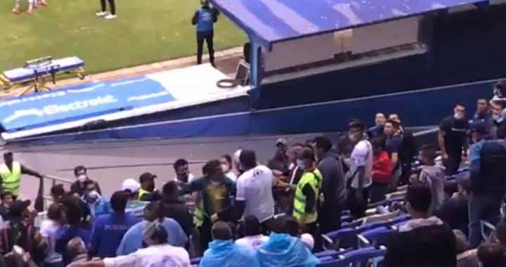 Se desata riña en el estadio Cuauhtémoc tras finalizar partido del Puebla vs Santos