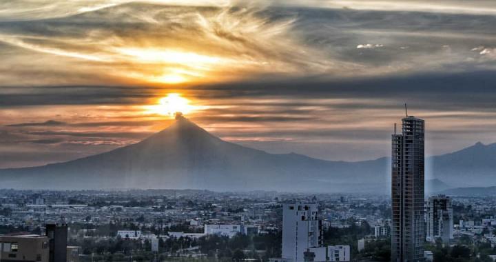 Este domingo se esperan temperaturas máximas de 35 a 40°C en Puebla