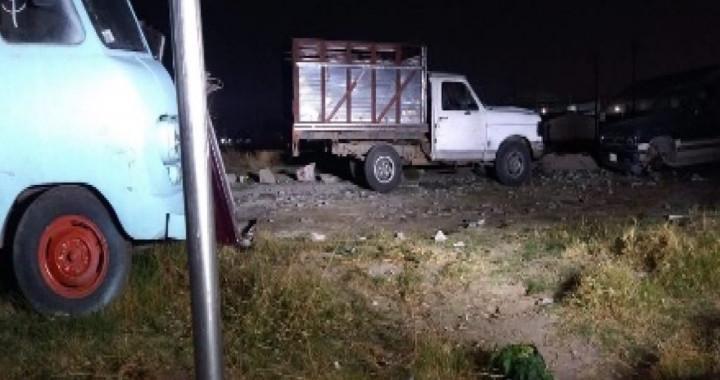 Hallan predio con vehículos robados en Coronango