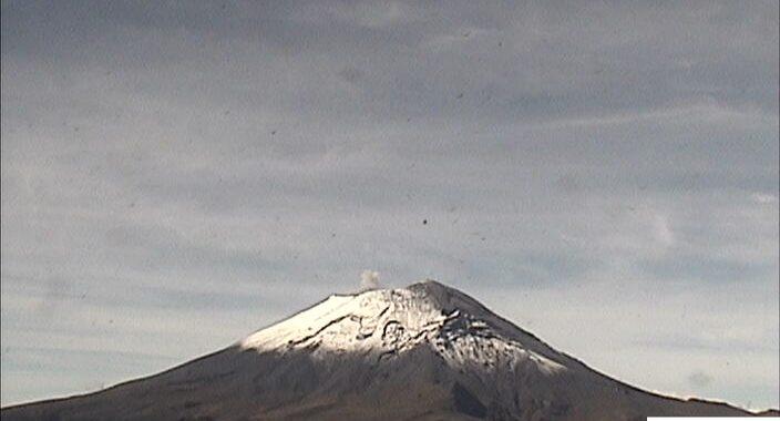 Popocatépetl registra 89 exhalaciones y 319 minutos de tremor