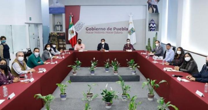 Se reúne Barbosa Huerta con 13 alcaldes electos