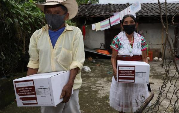 SEDIF entrega paquetes alimentarios en comunidades indígenas