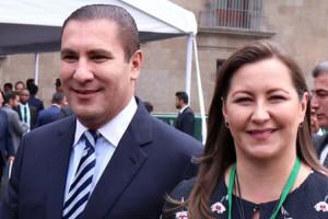 Se manifiestan familiares de los detenidos por accidente de Moreno Valle y Martha Érika