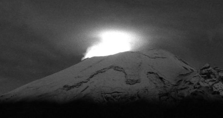 Popocatépetl reporta 87 exhalaciones y 220 minutos de tremor