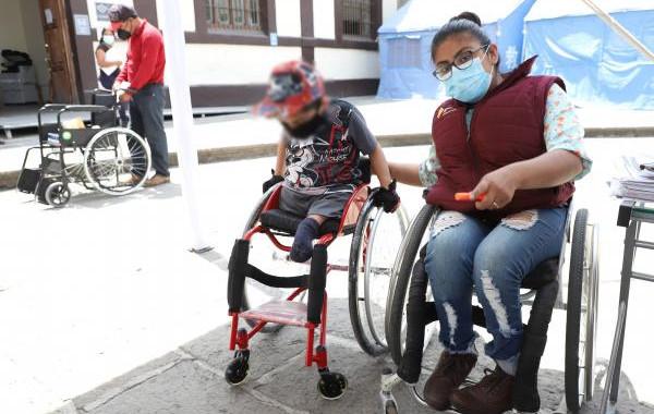 SEDIF beneficia a 64 personas con discapacidad