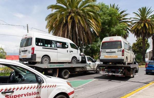 SMT y SSP detienen a cinco unidades por prestar servicio de transporte irregular