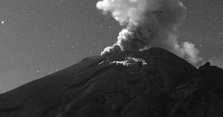 Popocatépetl reporta 133 exhalaciones y 356 minutos de tremor
