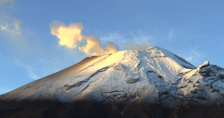 Popocatépetl reporta 89 exhalaciones y 53 minutos de tremor