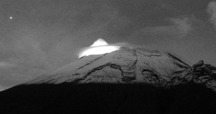Reporta Popocatépetl 115 exhalaciones y 15 minutos de tremor