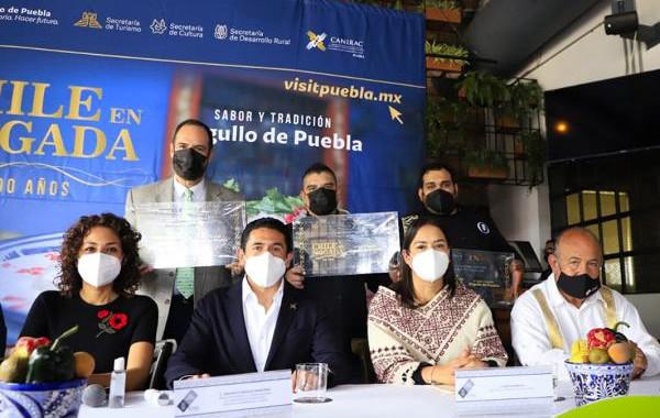 """Turismo extiende promoción por """"200 Años del Chile en Nogada"""""""