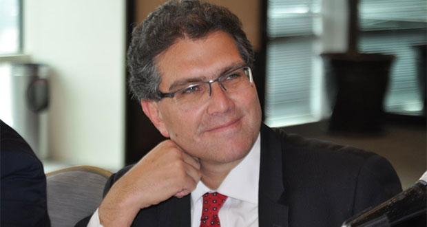 Nombran a Ríos Piter nuevo rector de la Udlap