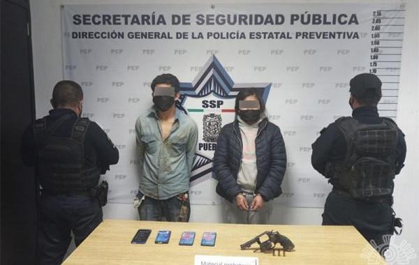 Capturan a presuntos asaltantes de un Coppel en Amozoc