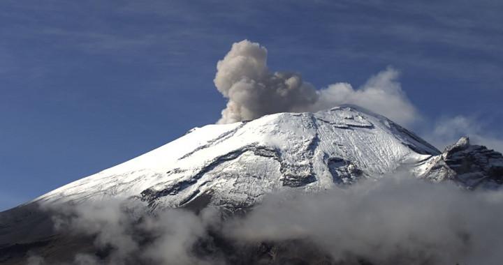 Popocatépetl registra 116 exhalaciones y 797 minutos de tremor