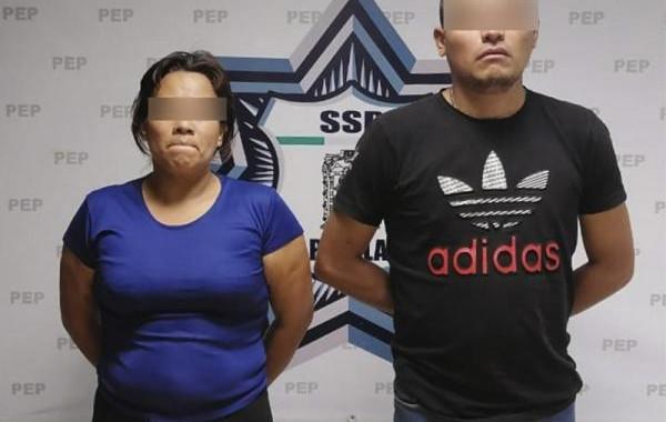 Capturan a dos presuntos narcomenudistas de Amalucan