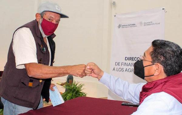 SDR apoya a 73 pequeñas y pequeños productores con microcréditos
