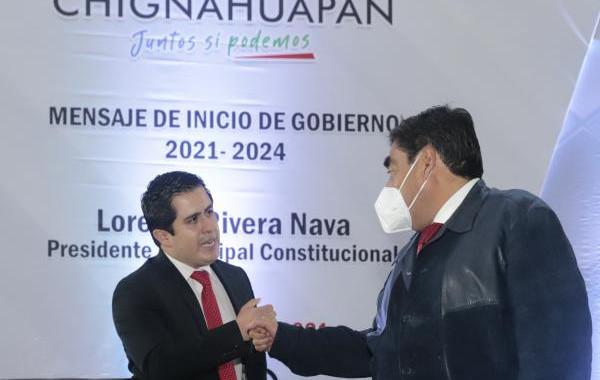 Invita Barbosa Huerta a alcalde de Chignahuapan a seguir el camino correcto